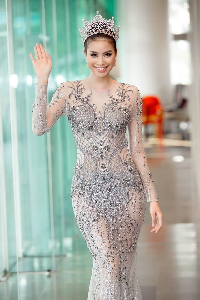 Phạm Hương sẽ đại diện Việt Nam tranh tài tại Miss Earth 2017?