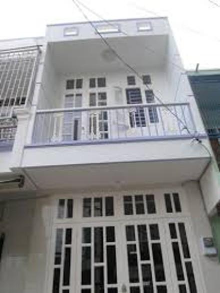 Định cư nước ngoài bán gấp căn nhà góc 2 MT đườngTrầnTấn DT 6*14