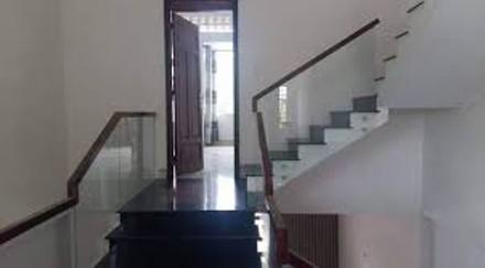 Bán Gấp Nhà Đẹp Lung Linh Đầu Đường Độc Lập 5 tầng cộng Lững